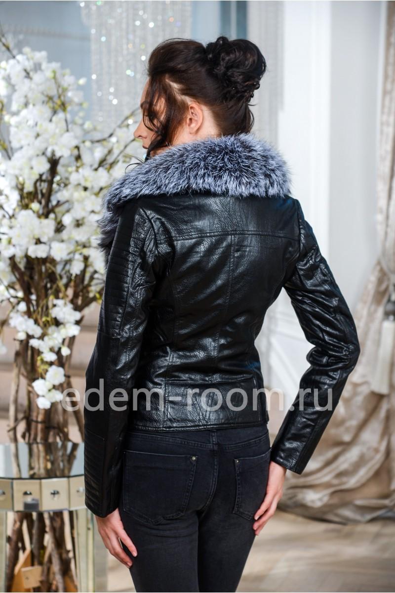 Осенняя куртка из не натуральной кожи