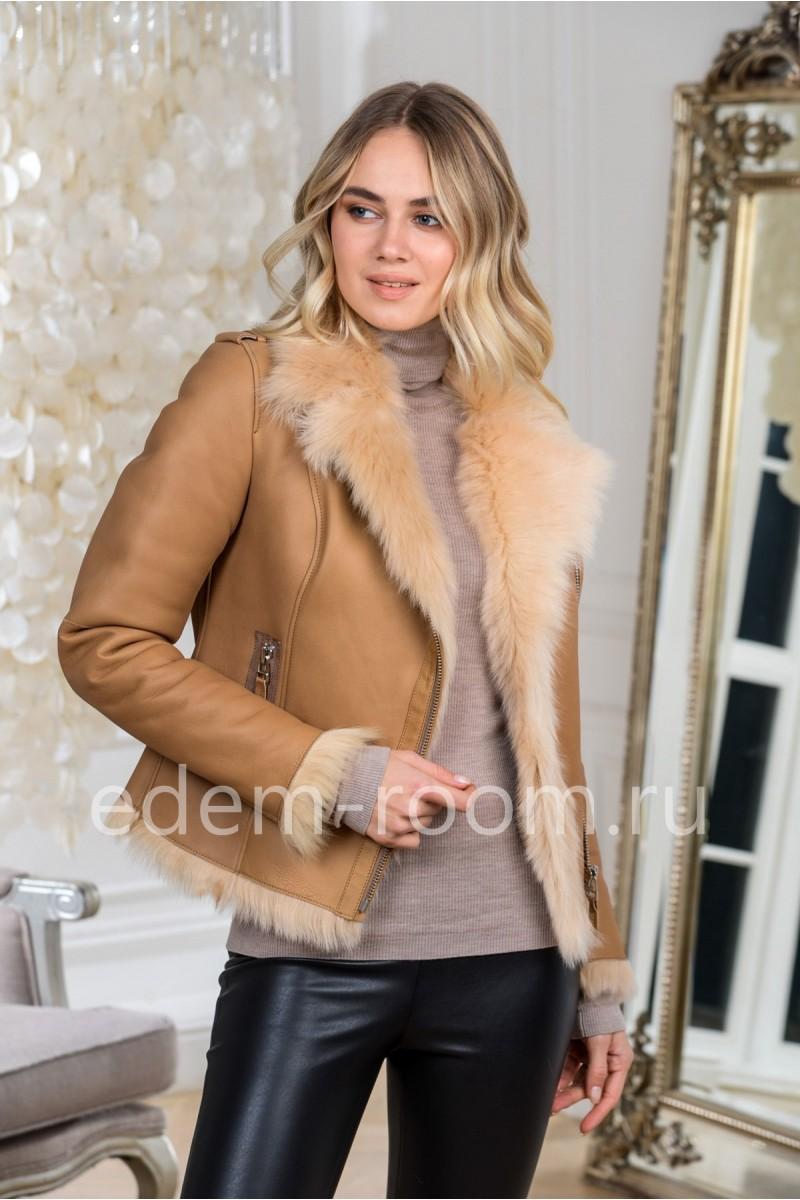 Модная куртка- дубленка из овчины коричневого цвета
