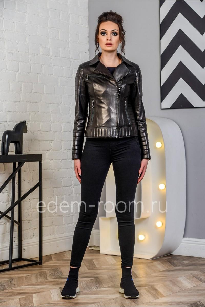 Чёрная женская куртка из натуральной кожи