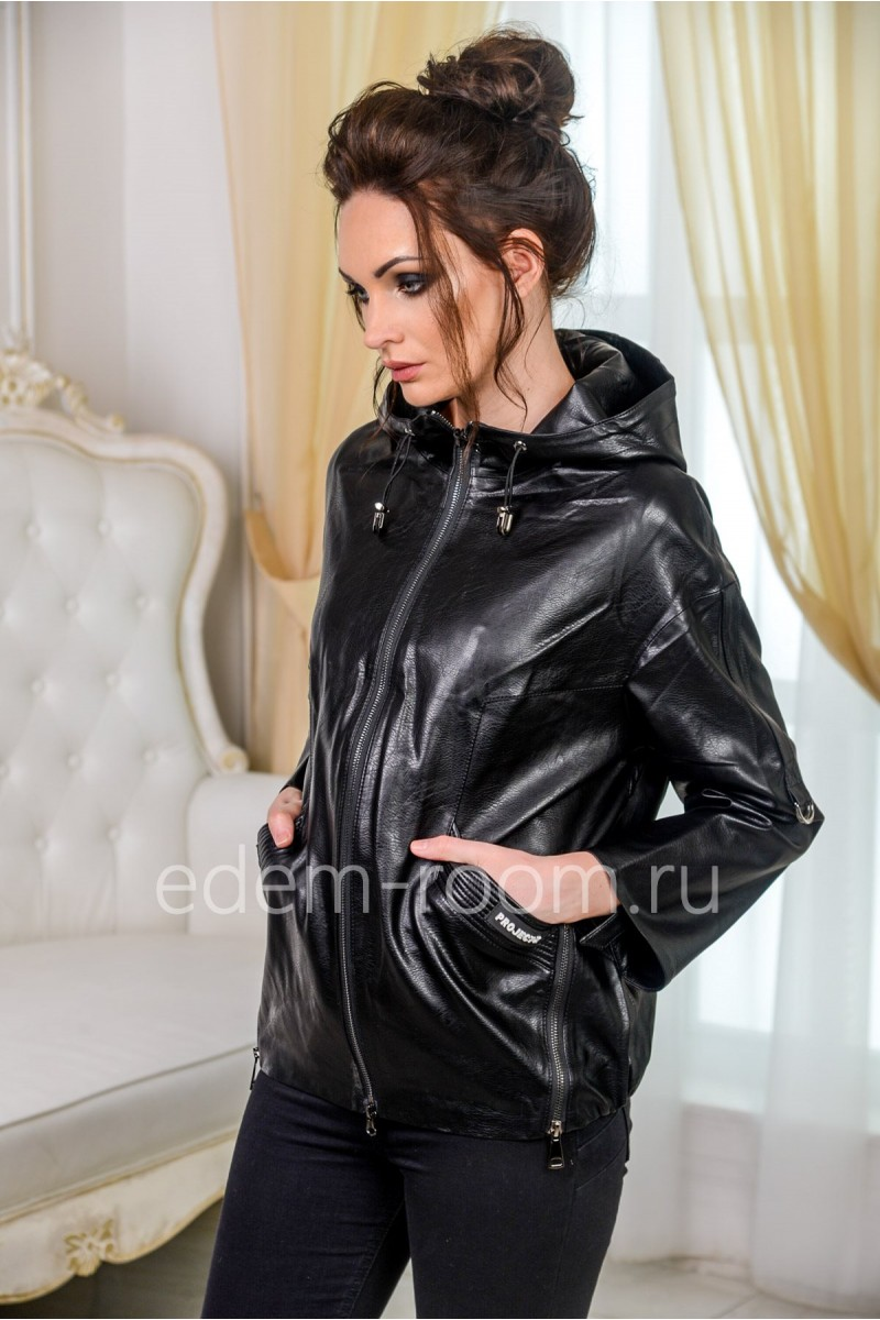 Куртка с капюшоном из экокожи