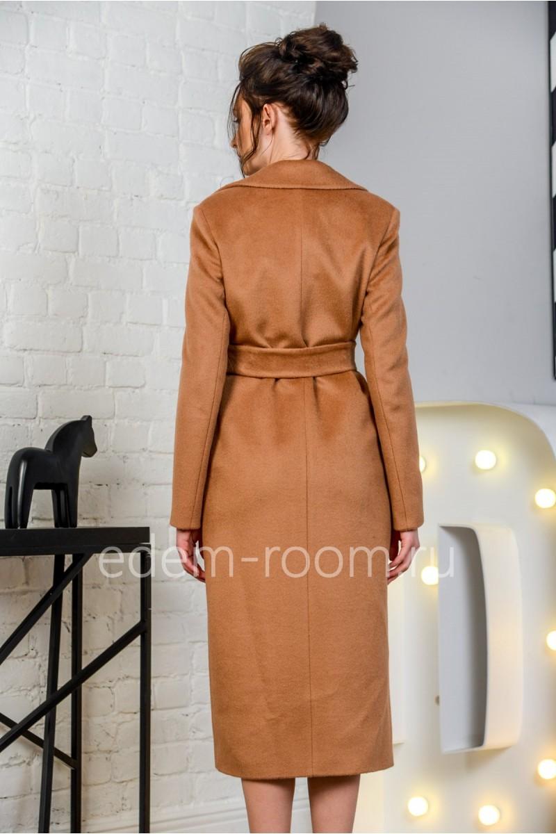 Удлинённое пальто под пояс