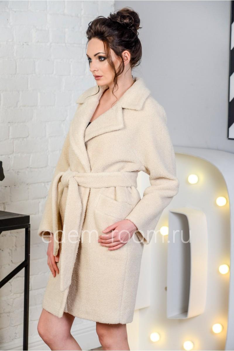 Модное пальто из шерсти