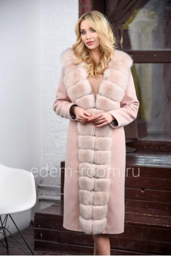 Кашемировое пальто с мехом финского песца