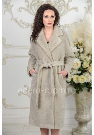 Шерстяное пальто на межсезонье