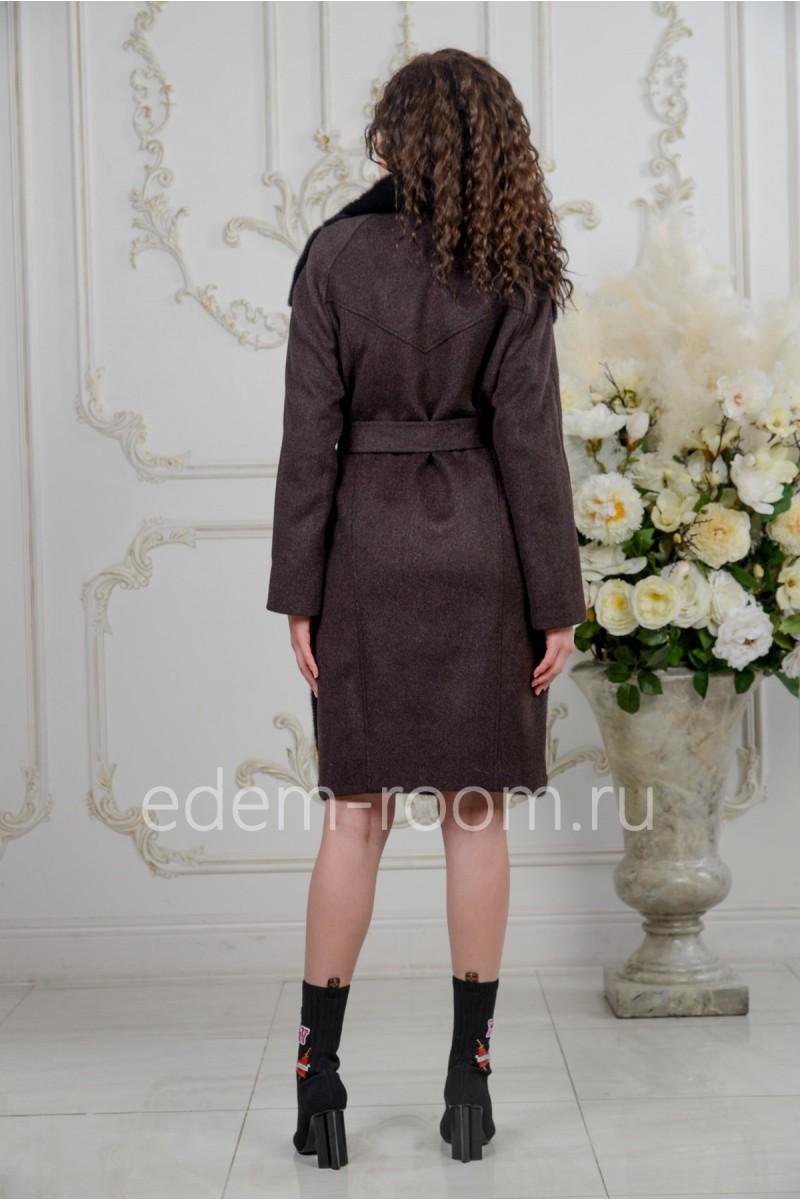 Шерстяное пальто с мехом норки