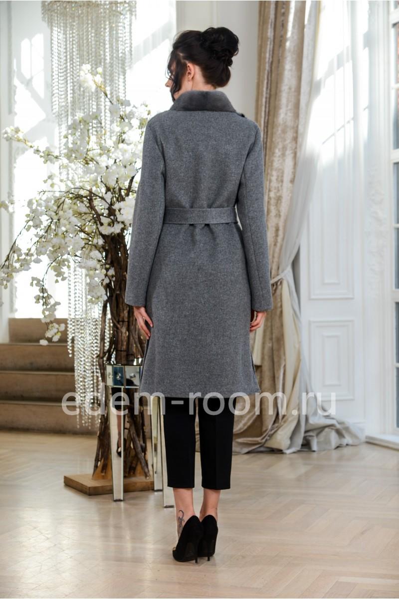 Модное пальто из шерсти и норки