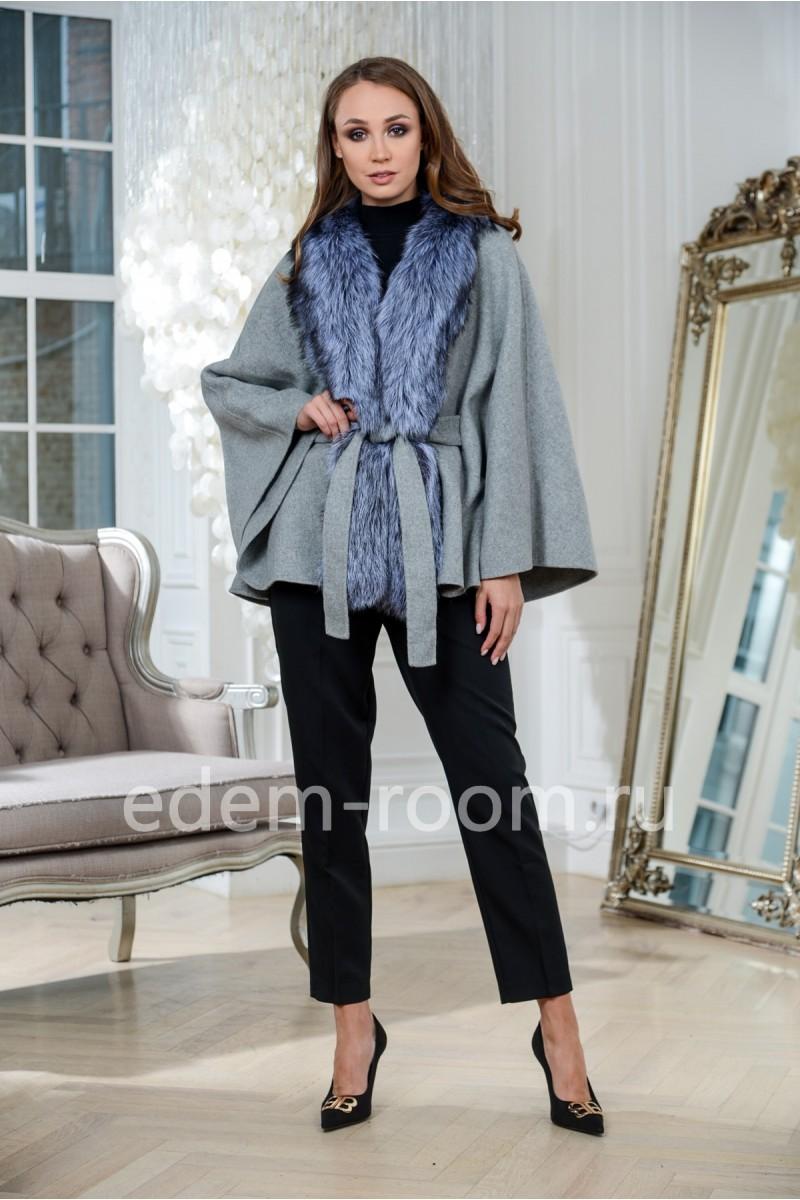 Пальто пончо с мехом чернобурки