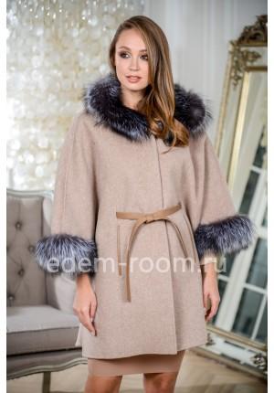 Пальто - пончо с капюшоном