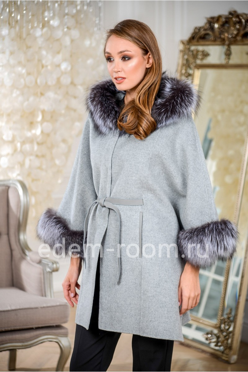 Демисезонное пальто - пончо