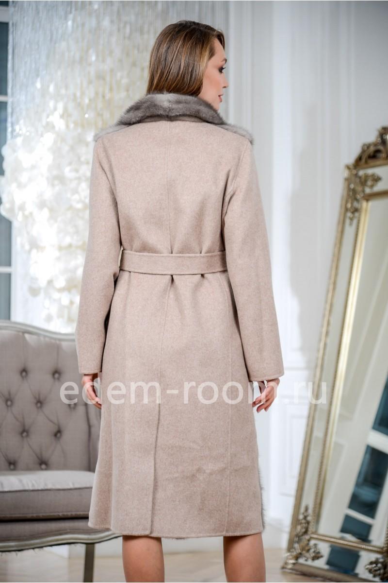 Пальто из шерсти и норки