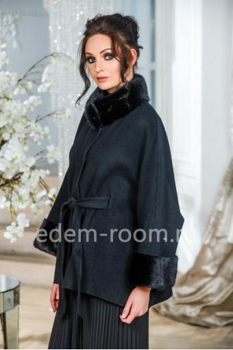 Чёрное укороченное пальто