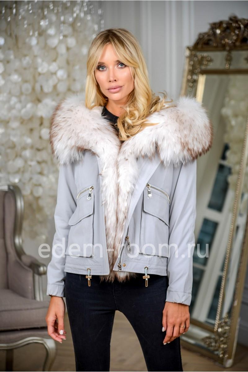 Короткая зимняя куртка