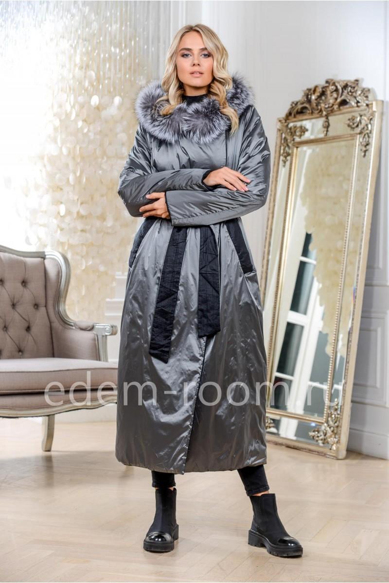 Удлинённое пуховое пальто серого цвета