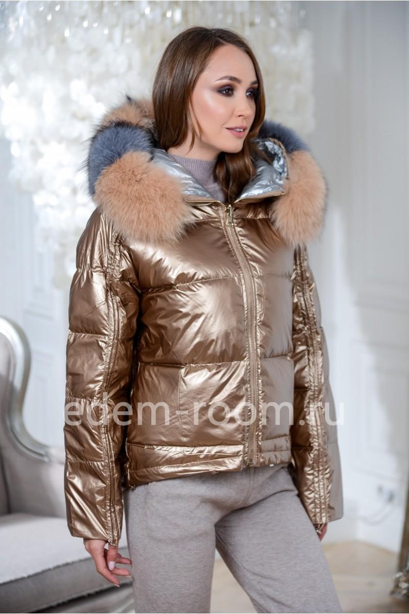Куртка на пуху с  меховым капюшоном