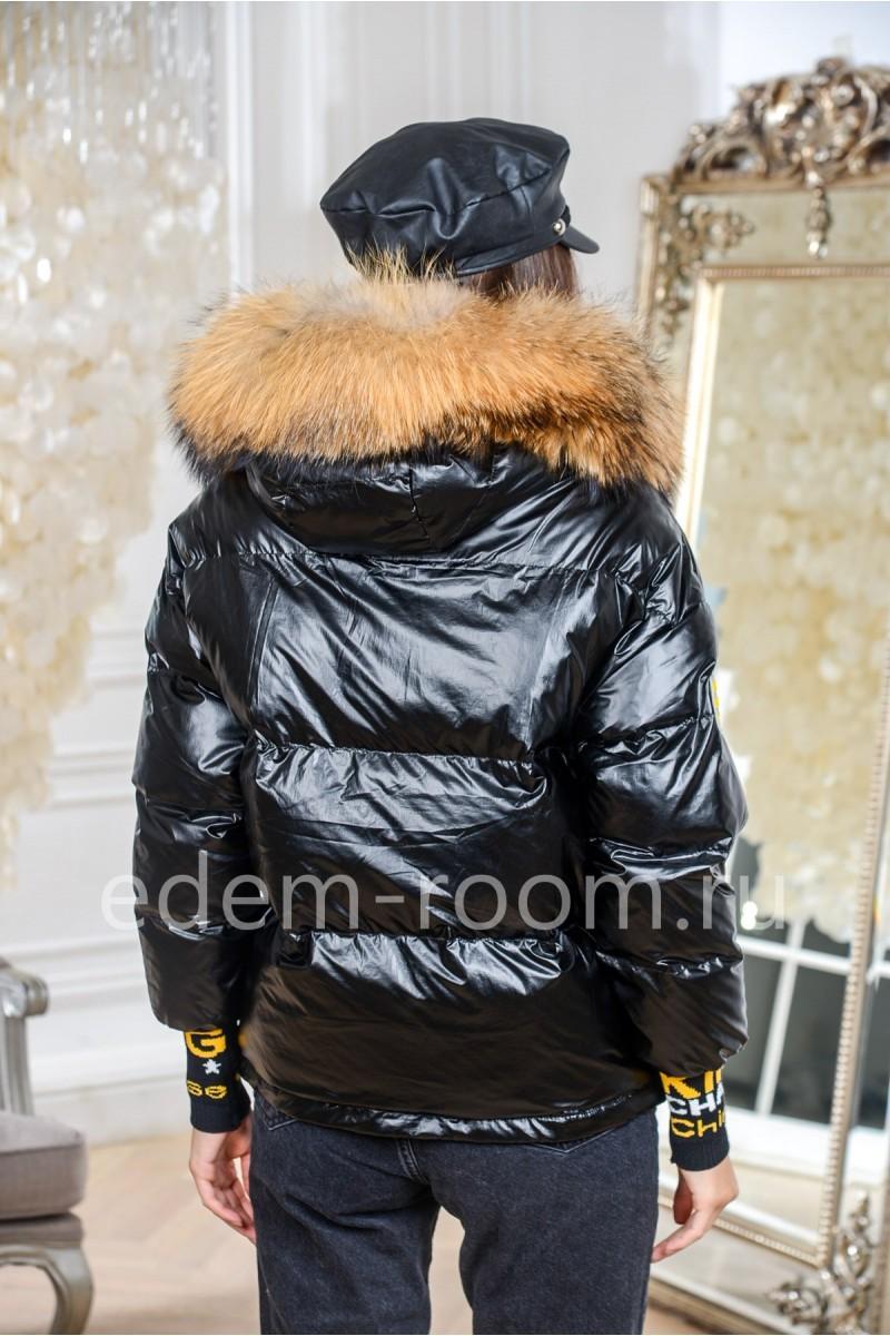 Короткая пуховая куртка
