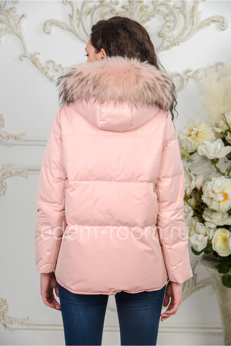 Куртка - пуховик с меховым капюшоном