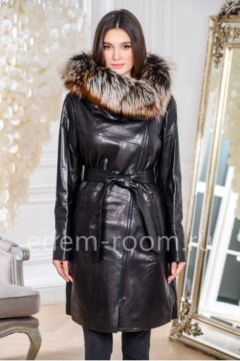 Облегчённое кожаное пальто с меховым капюшоном