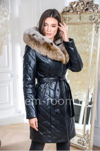 Пальто из искусственной кожи для зимы