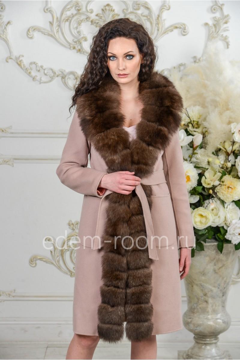 Кашемировое зимнее пальто с мехом