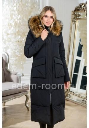 Женский пуховик - пальто с капюшоном и мехом