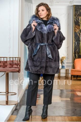 Шуба из норки для женщин с капюшоном из лисы
