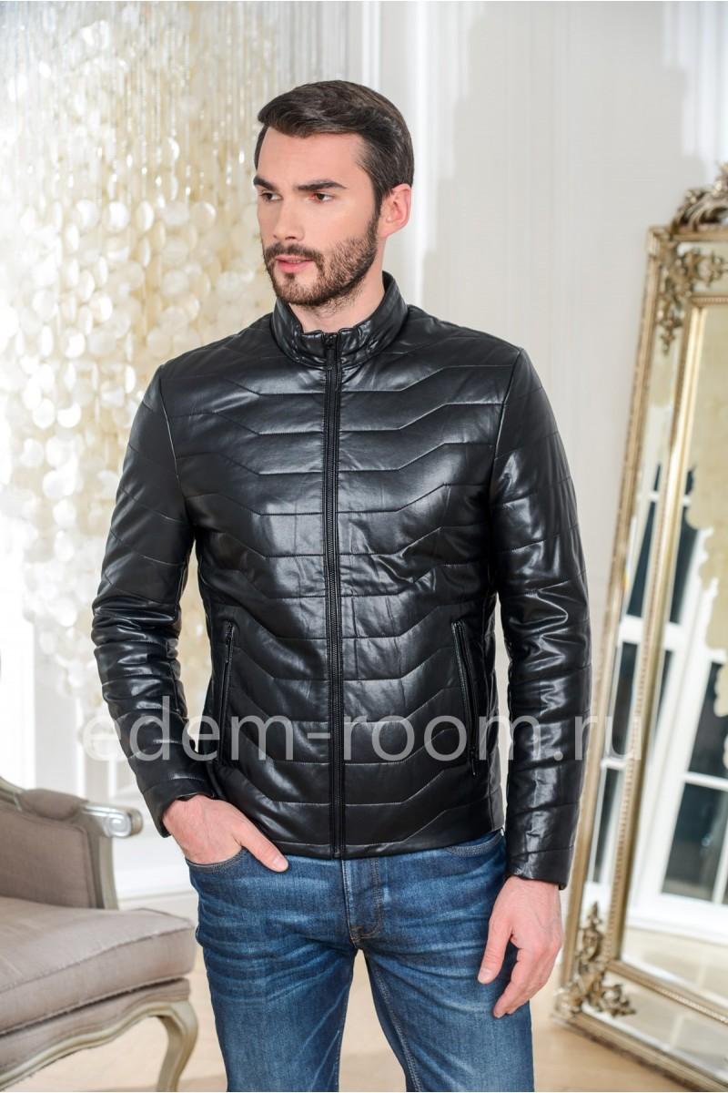 Куртка из не натуральной кожи