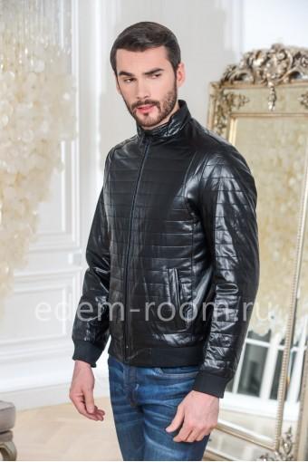 Куртка из эко-кожи на резинке