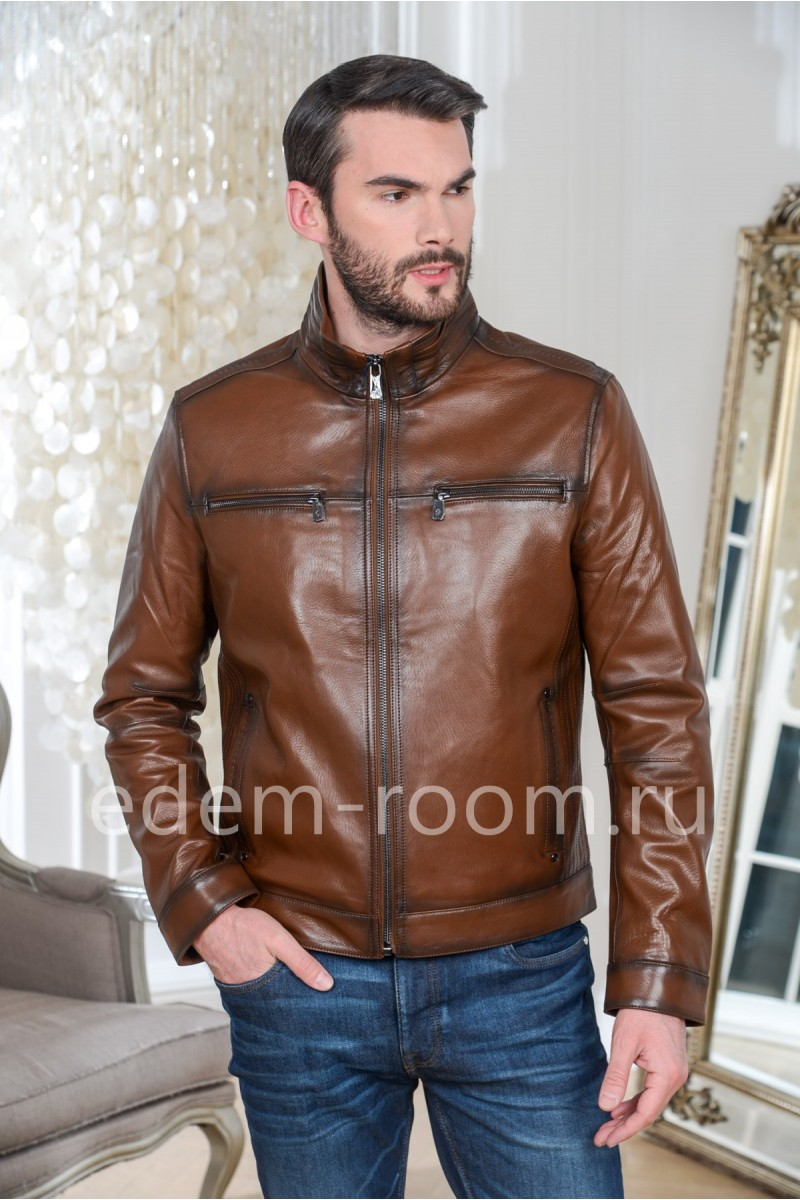 Куртка кожаная коричневого цвета