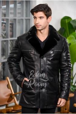 Зимняя кожаная куртка на пуговицах