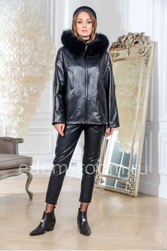 Демисезонная кожаная куртка свободного кроя