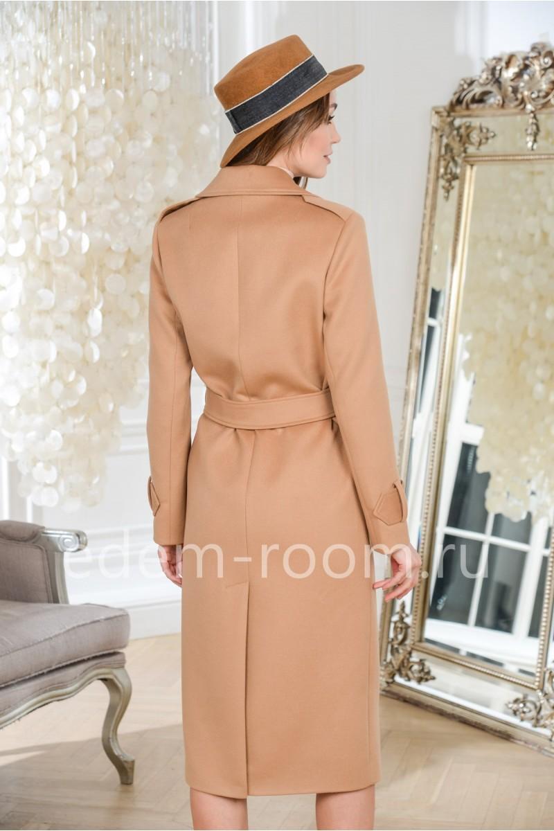 Женское пальто из шерсти