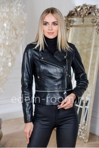 Черная куртка кожаная укороченная из Турции
