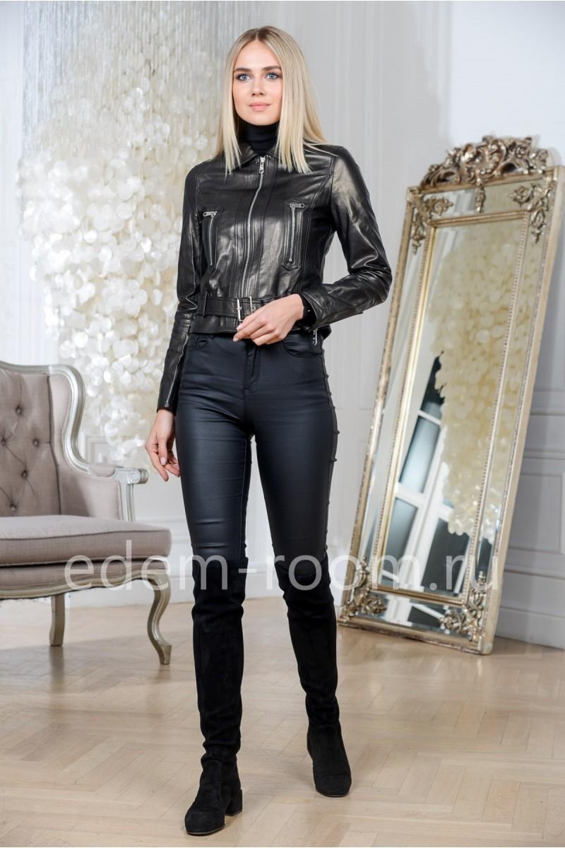 Весенняя куртка из натуральной кожи укороченная черная