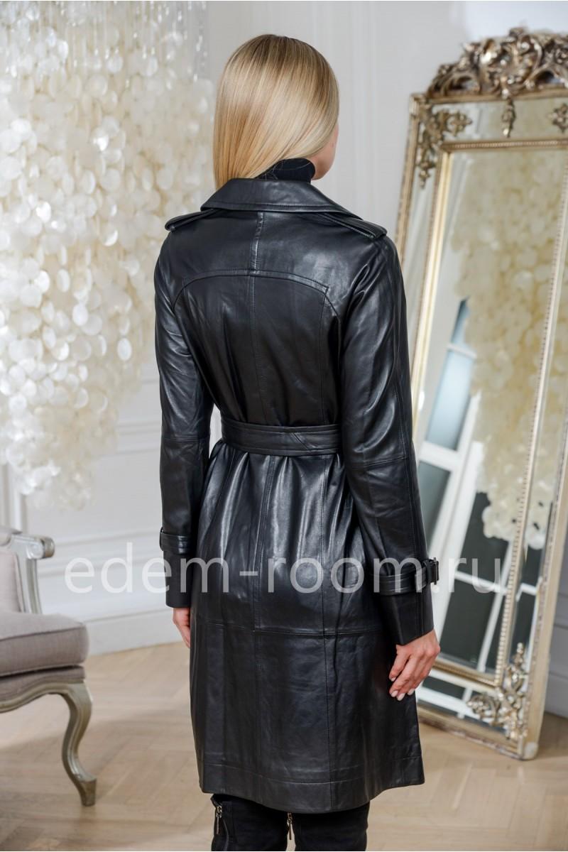Чёрный кожаный плащ