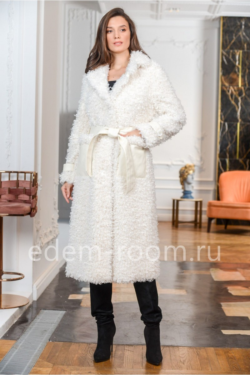 Демисезонное пальто из экомеха