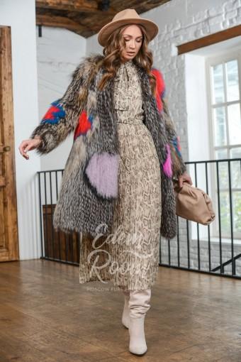 Эксклюзивное меховое пальто из лисы