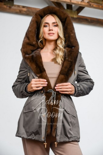 Парка - куртка с норковым капюшоном