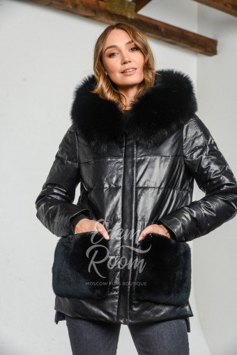 Кожаная куртка с мехом песца