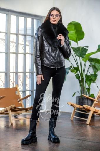 Кожаная куртка со съёмным меховым воротником