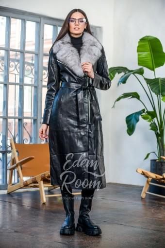 Удлинённое кожаное пальто с меховым воротником