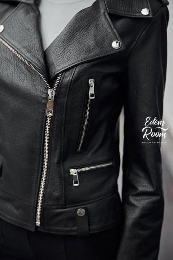Современная куртка из натуральной кожи