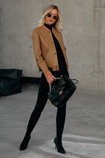 Модная кожаная куртка - бомбер