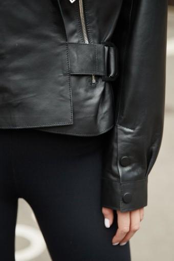 Куртка из натуральной кожи на запах