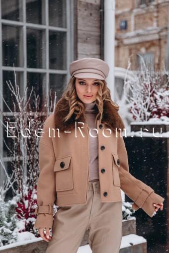 Пальто - куртка с воротником