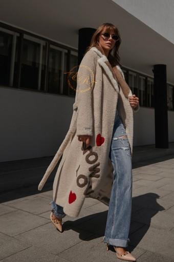 Эксклюзивное пальто из альпаки