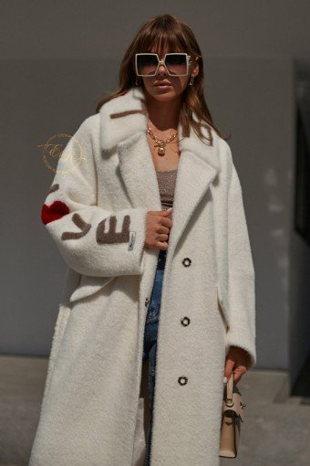 Белое итальянское пальто с поясом
