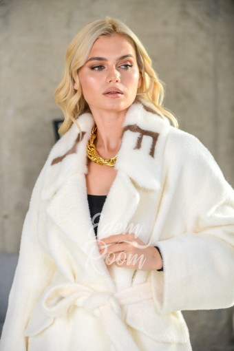 Укороченное белое пальто -куртка Италия