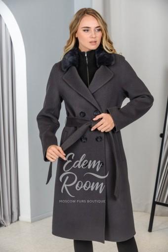 Двубортное пальто для межсезонья