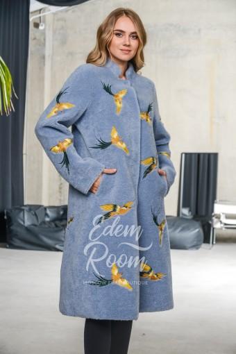 Пальто из шерсти на тканной основе