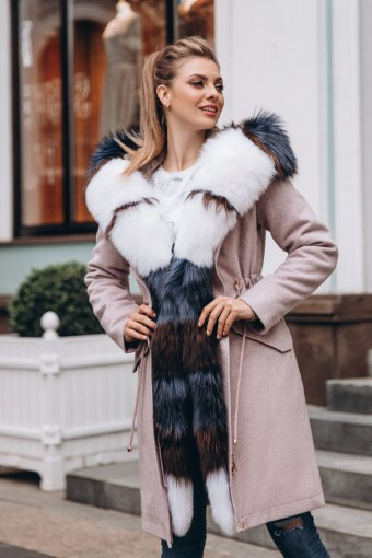 Зимнее пальто - парка из шерсти чернобурой лисы